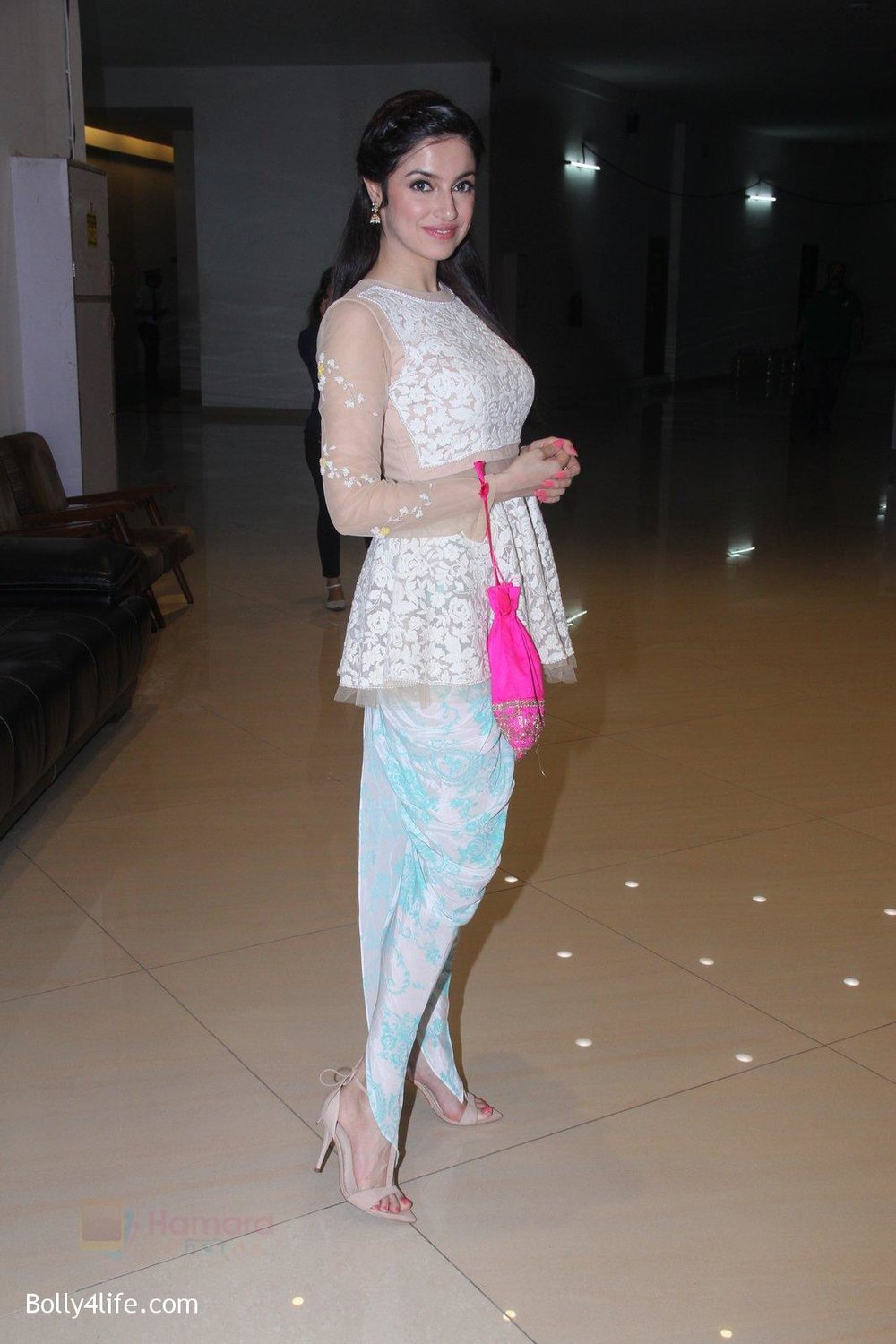 Divya-Khosla-Kumar-at-ladies-event-in-NSCI-on-18th-Oct-2016-25.jpg