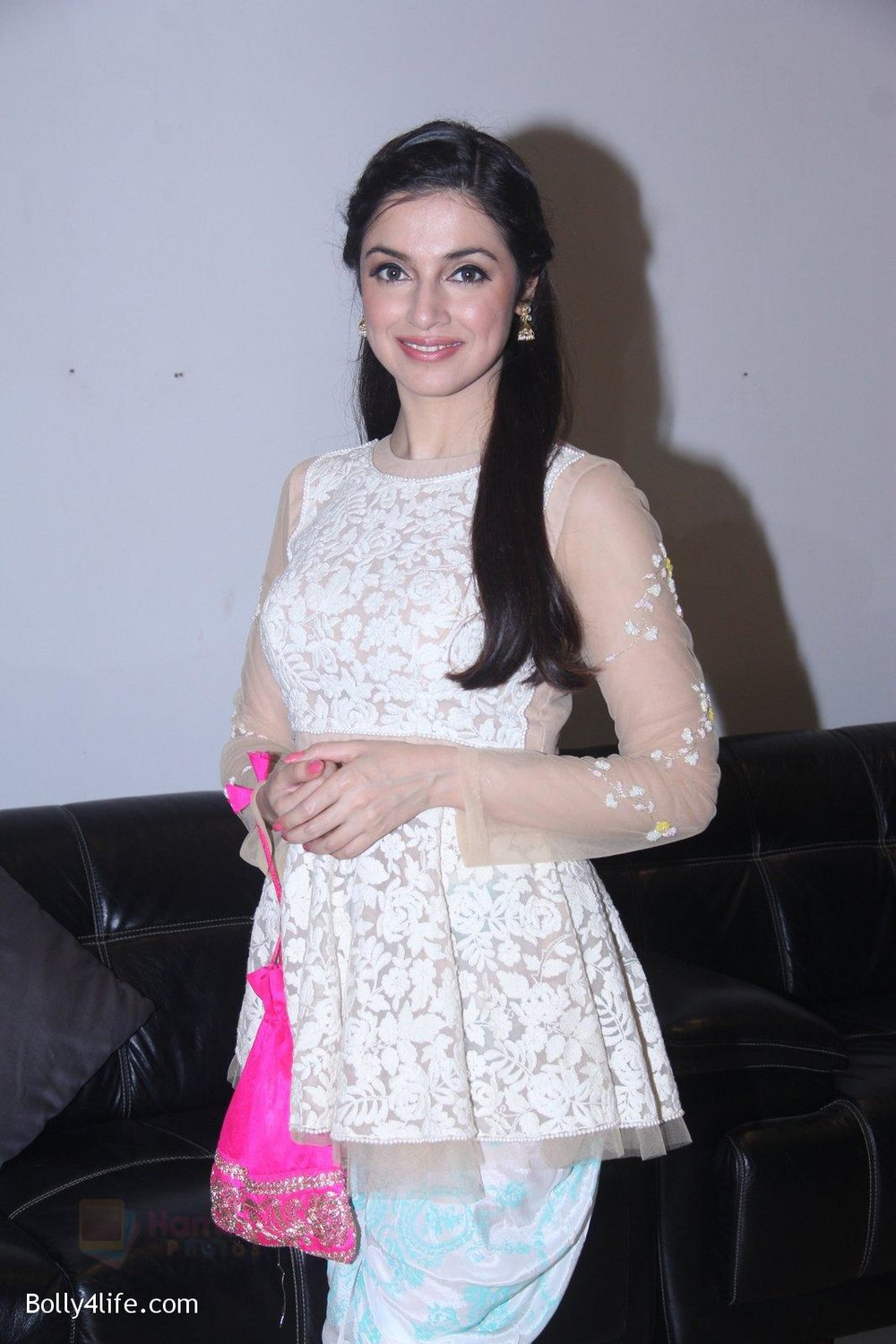 Divya-Khosla-Kumar-at-ladies-event-in-NSCI-on-18th-Oct-2016-28.jpg