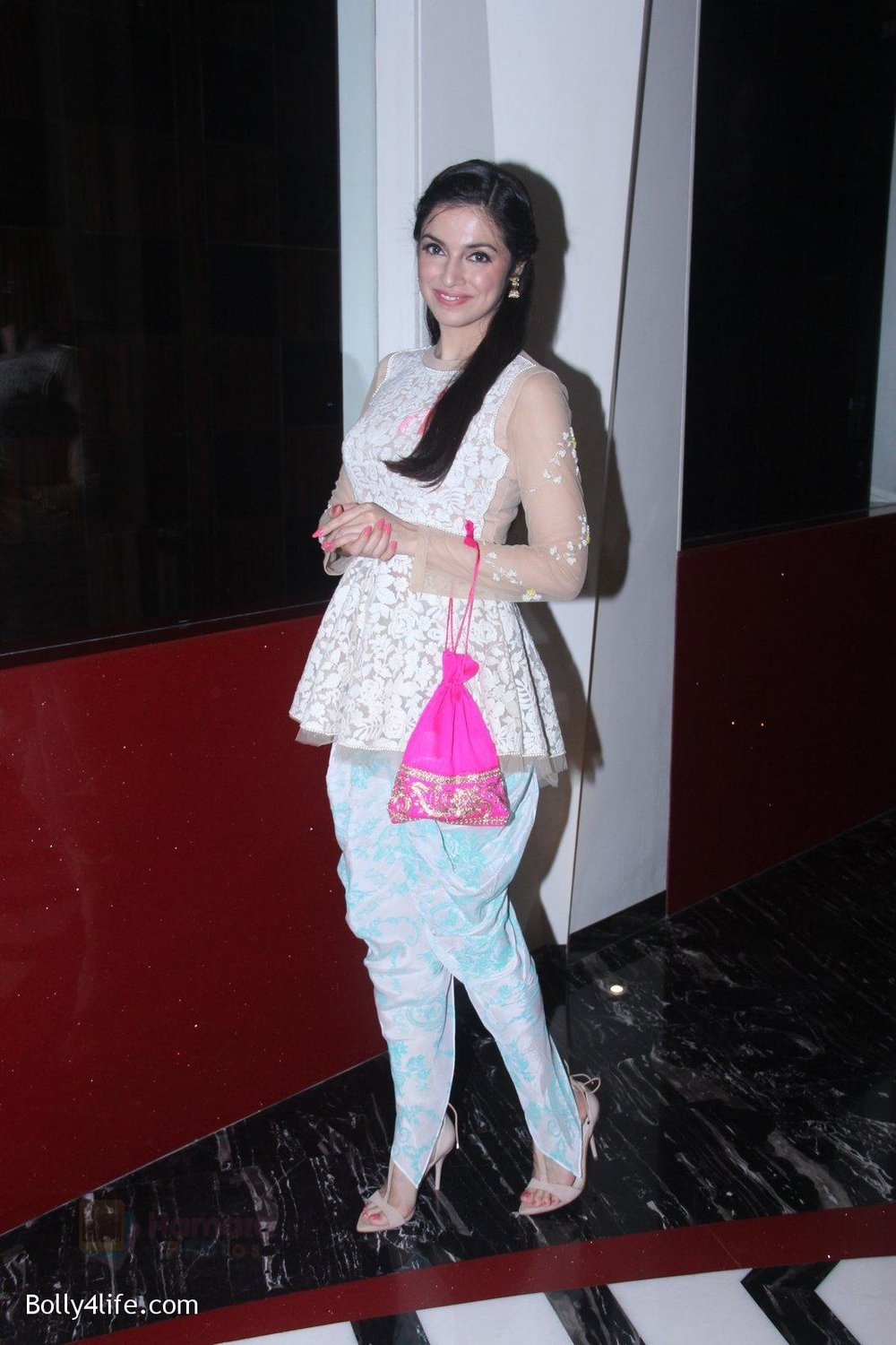 Divya-Khosla-Kumar-at-ladies-event-in-NSCI-on-18th-Oct-2016-37.jpg
