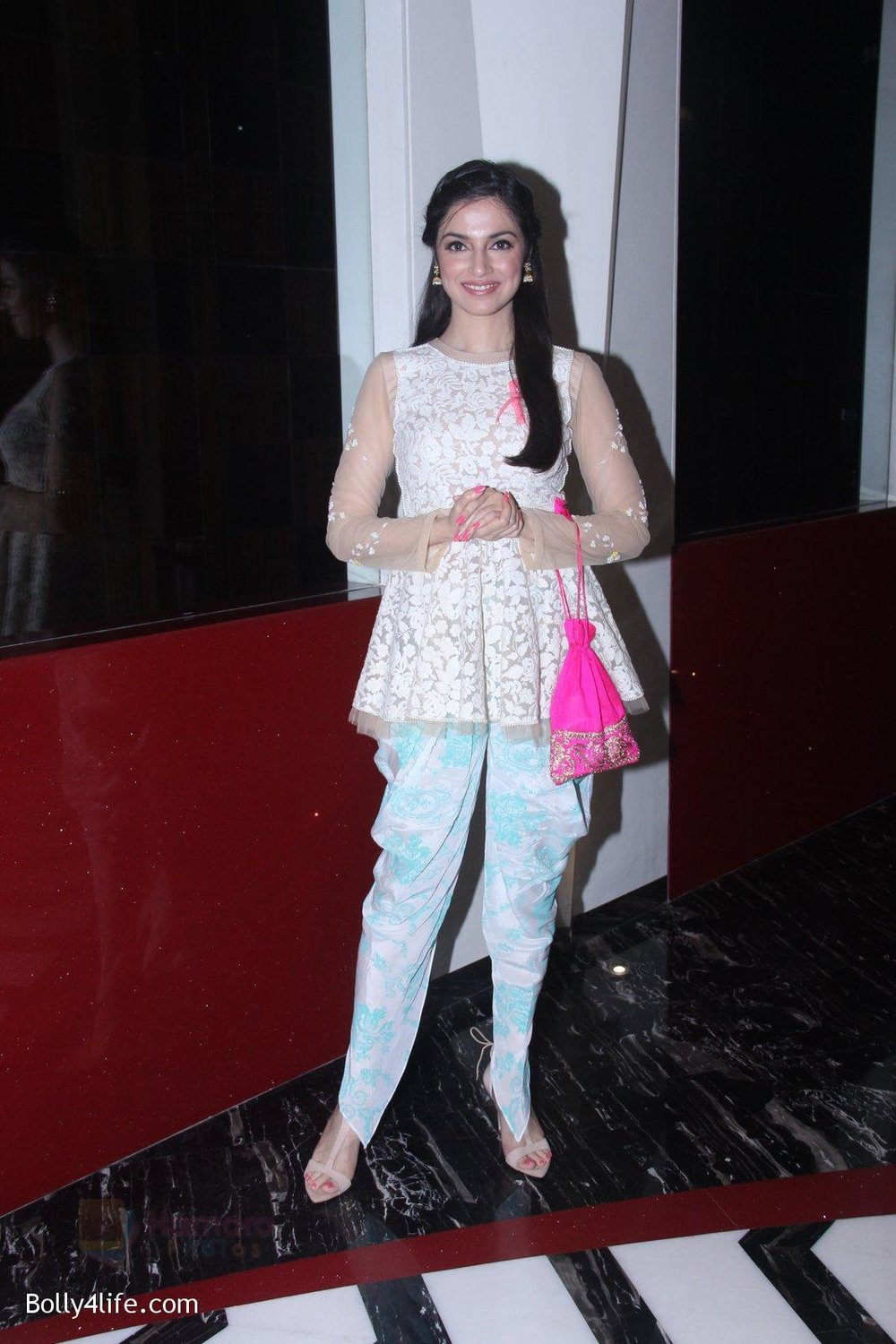 Divya-Khosla-Kumar-at-ladies-event-in-NSCI-on-18th-Oct-2016-42.jpg