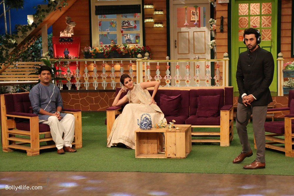 Ranbir-Kapoor-Anushka-Sharma-at-the-promotion-of-Ae-Dil-Hai-Mushkil-on-the-sets-of-Kapil-Sharma-Show-on-19th-Oct-2016-57.jpg
