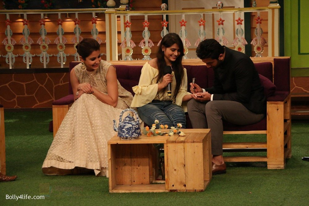 Ranbir-Kapoor-Anushka-Sharma-at-the-promotion-of-Ae-Dil-Hai-Mushkil-on-the-sets-of-Kapil-Sharma-Show-on-19th-Oct-2016-62.jpg