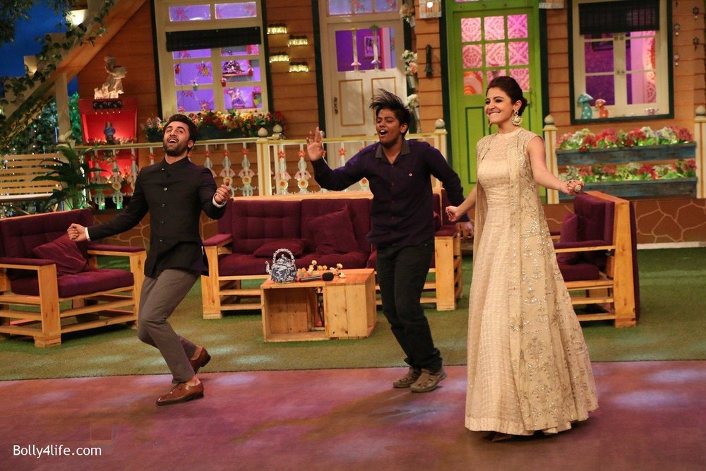 Ranbir-Kapoor-Anushka-Sharma-at-the-promotion-of-Ae-Dil-Hai-Mushkil-on-the-sets-of-Kapil-Sharma-Show-on-19th-Oct-2016-64.jpg