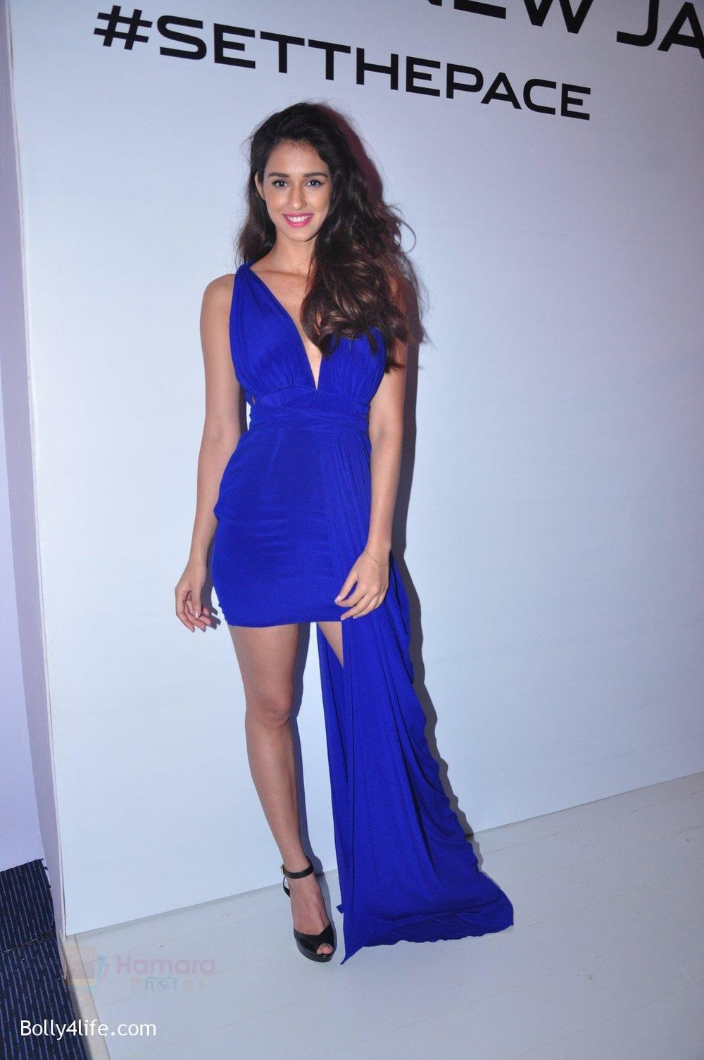 Disha-Patani-at-Jaguar-car-launch-on-20th-Oct-2016-33.jpg