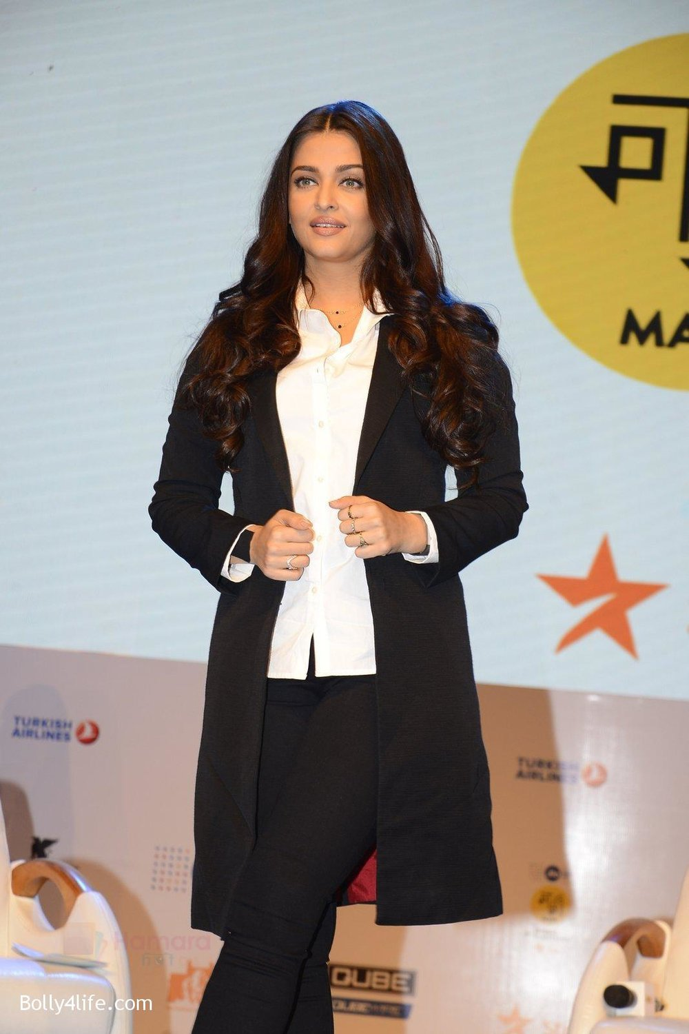 Aishwarya-Rai-talk-about-their-movie-Ae-Dil-Hai-Mushkil-during-the-Jio-MAMI-18th-Mumbai-Film-Festival-with-star-on-21st-Oct-2016-25.jpg