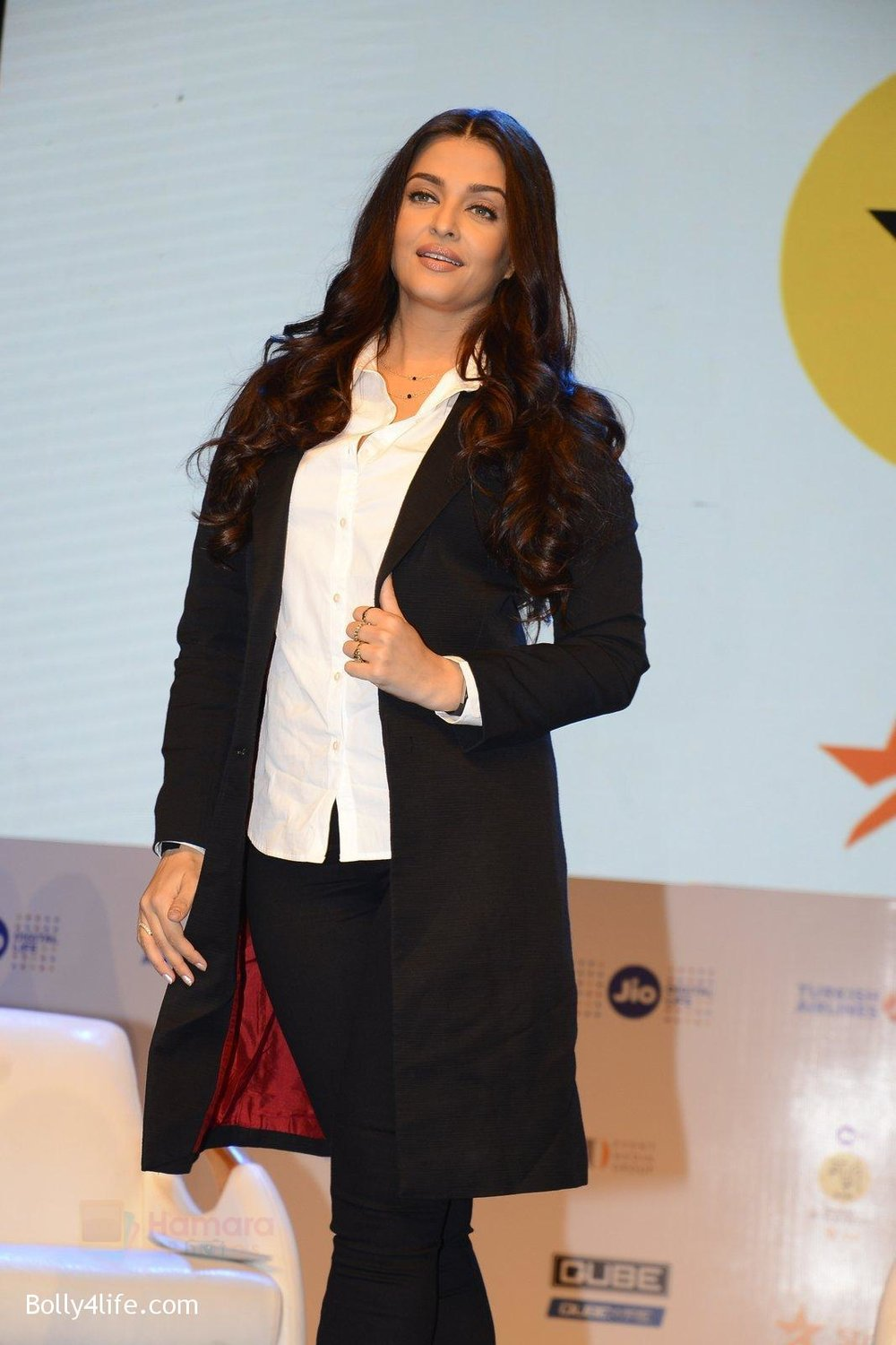Aishwarya-Rai-talk-about-their-movie-Ae-Dil-Hai-Mushkil-during-the-Jio-MAMI-18th-Mumbai-Film-Festival-with-star-on-21st-Oct-2016-26.jpg