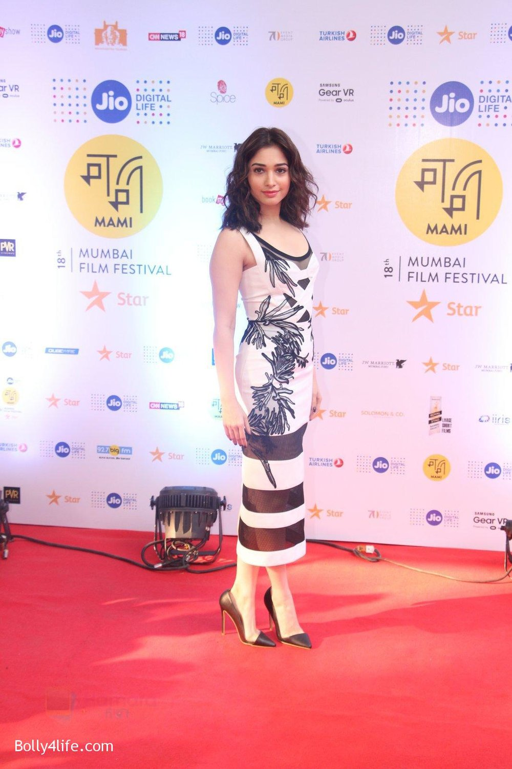 Tamannaah-Bhatia-at-MAMI-Film-Festival-2016-Day-2-on-22nd-Oct-2016-59.jpg