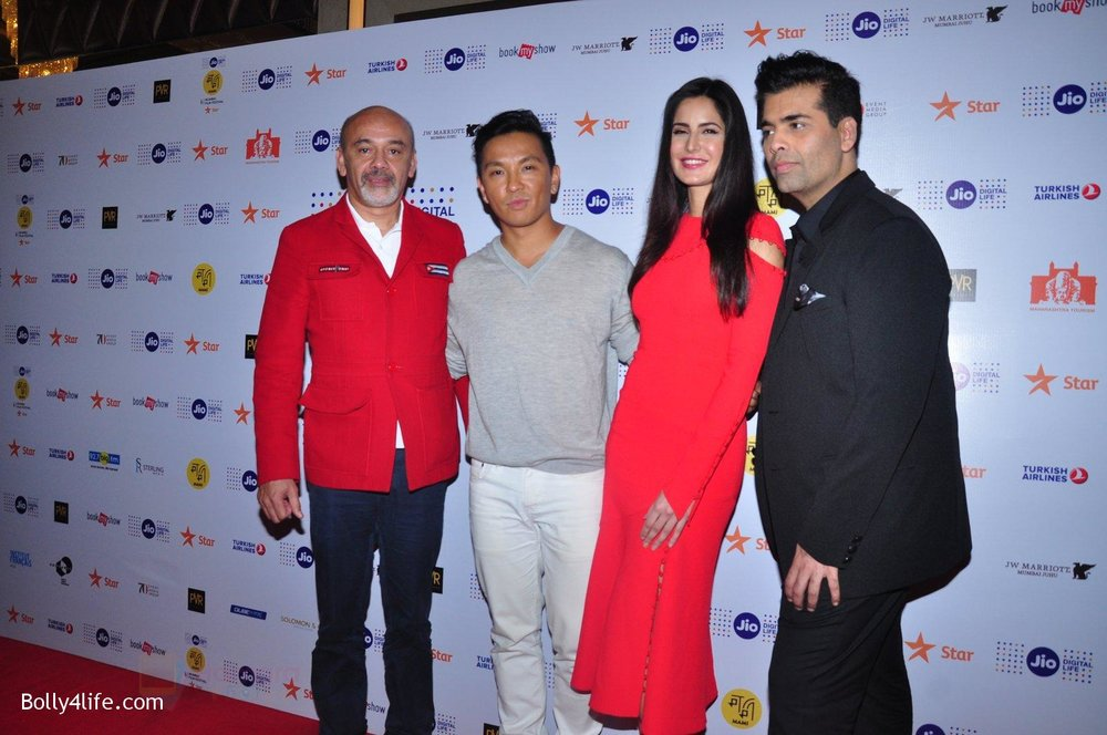 Katrina-Kaif-Karan-Johar-grace-a-discussion-at-the-MAMI-18th-Mumbai-Film-Festival-2016-on-27th-Oct-2016-9.jpg