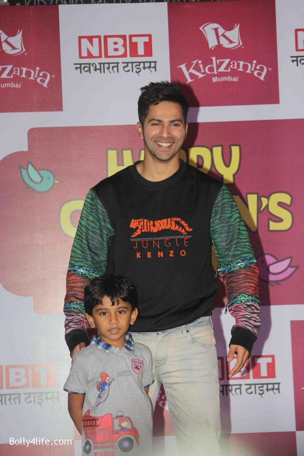 Varun-Dhawan-celebrates-Childrens-Day-at-KidZania-5.jpg