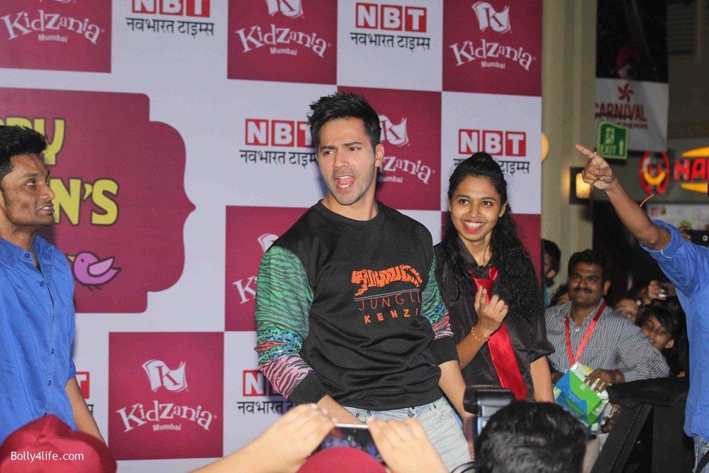 Varun-Dhawan-celebrates-Childrens-Day-at-KidZania-7.jpg