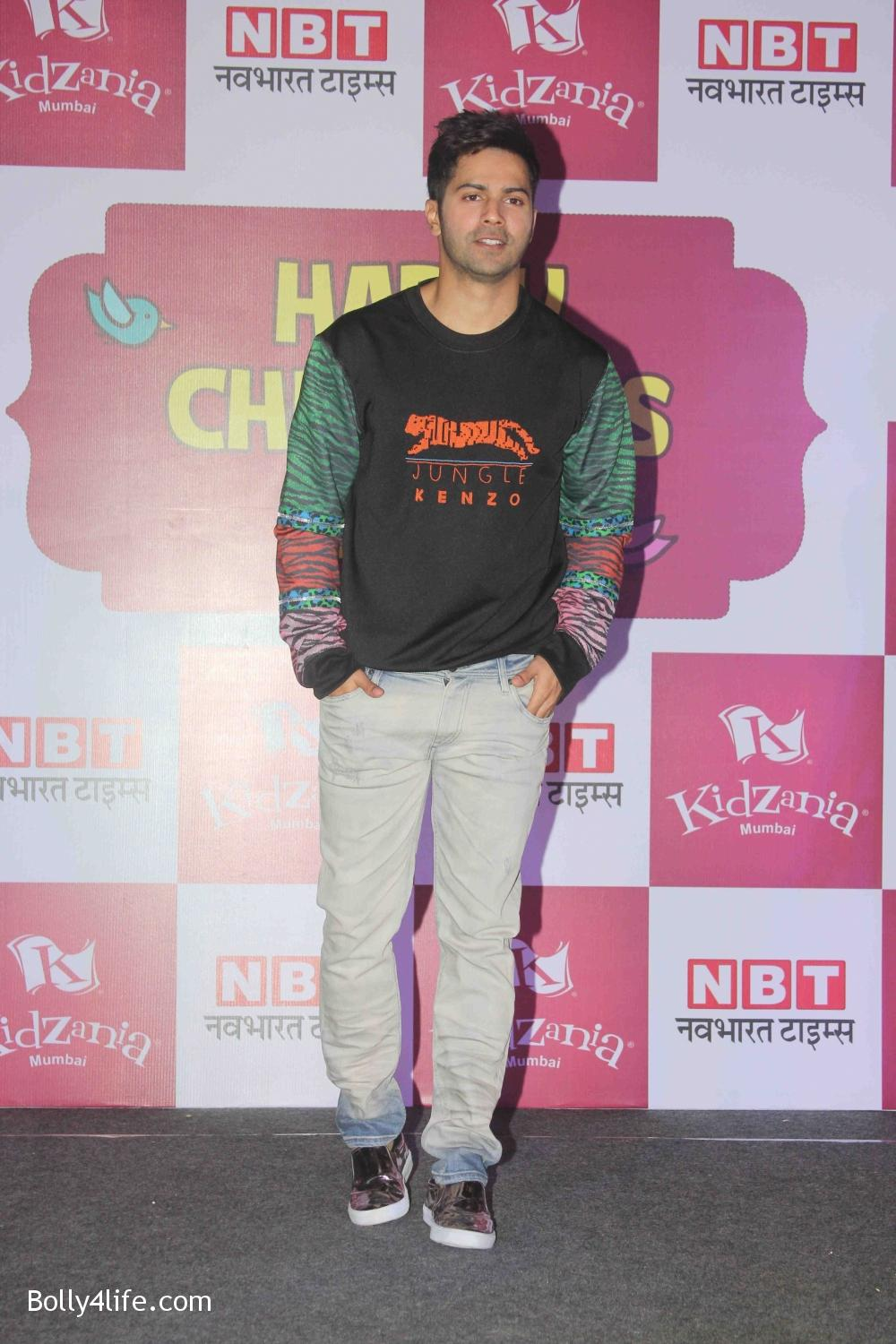 Varun-Dhawan-celebrates-Childrens-Day-at-KidZania-12.jpg