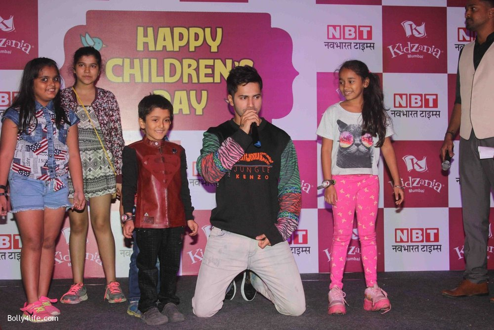 Varun-Dhawan-celebrates-Childrens-Day-at-KidZania-14.jpg