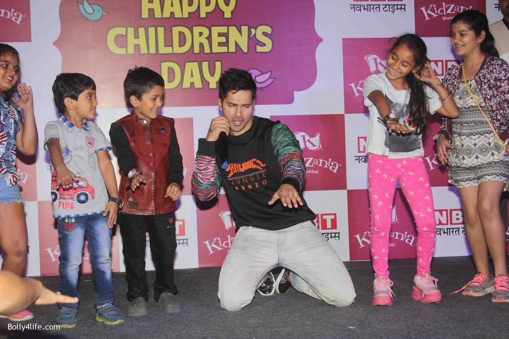 Varun-Dhawan-celebrates-Childrens-Day-at-KidZania-15.jpg