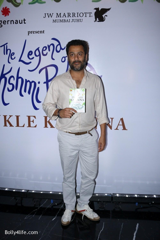 Launch-Twinkle-Khannas-book-The-Legend-of-Lakshmi-Prasad-4.jpg