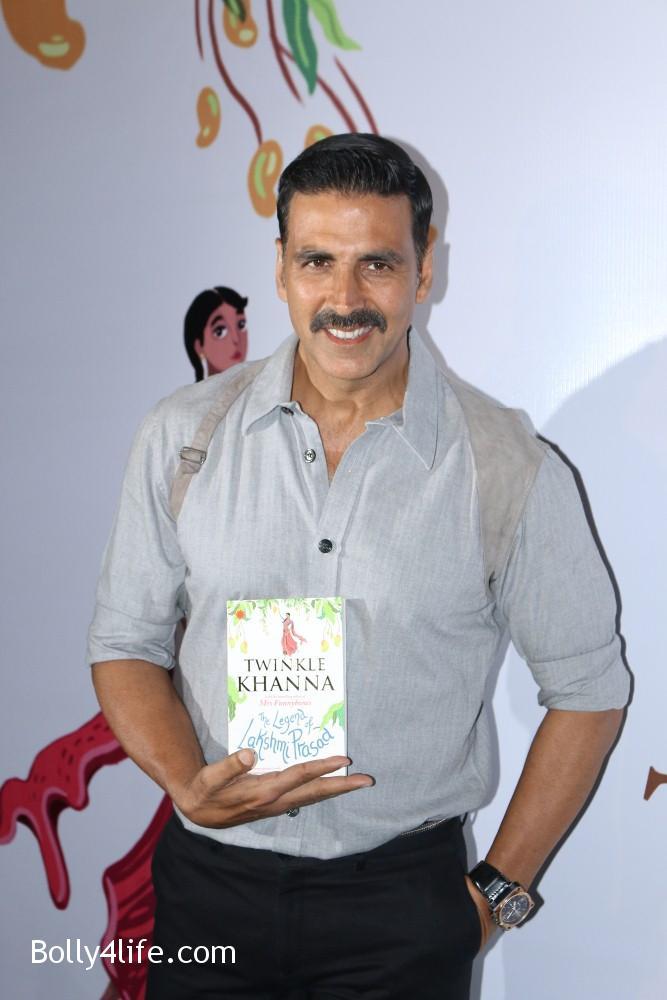 Launch-Twinkle-Khannas-book-The-Legend-of-Lakshmi-Prasad-15.jpg