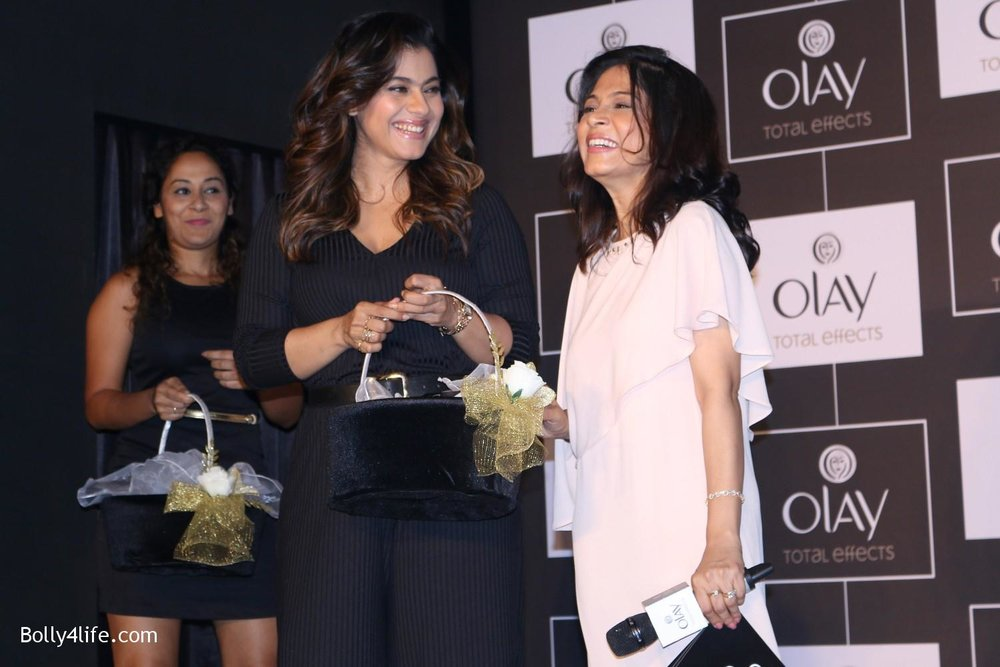 Kajol-Devgan-during-the-launch-of-Olay-Total-Effects-new-cream-8.jpg
