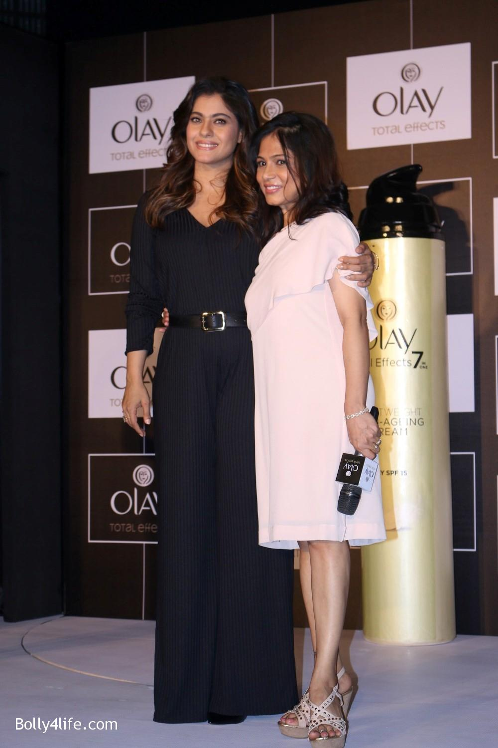 Kajol-Devgan-during-the-launch-of-Olay-Total-Effects-new-cream-10.jpg