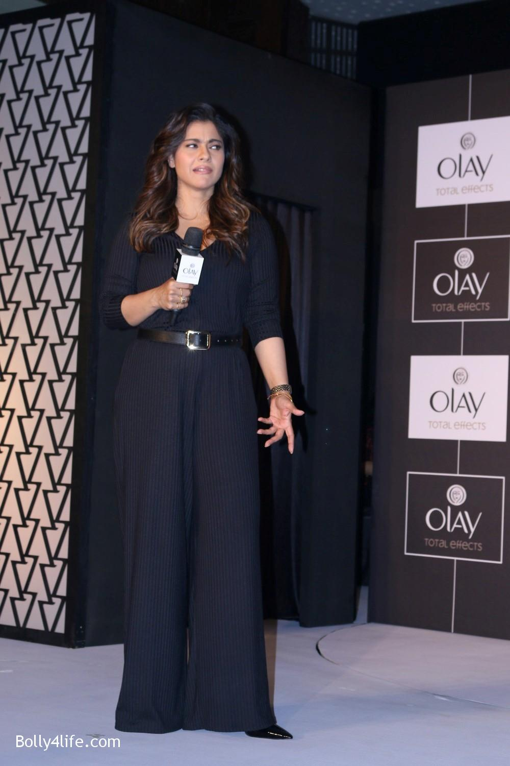 Kajol-Devgan-during-the-launch-of-Olay-Total-Effects-new-cream-11.jpg