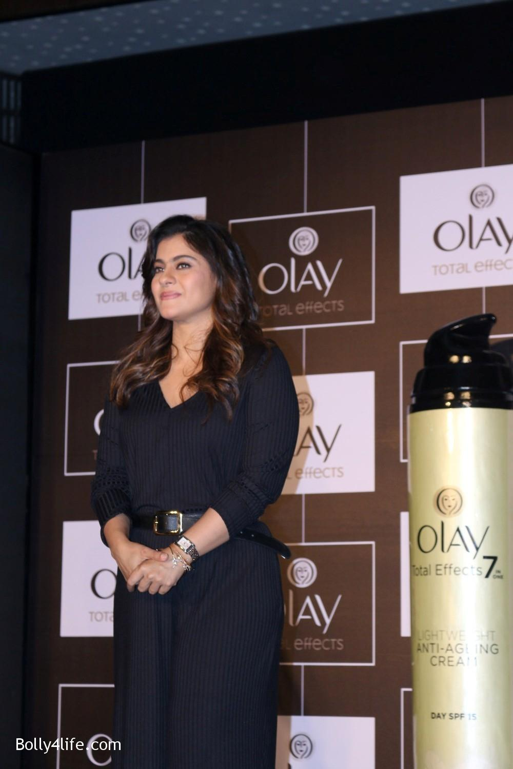 Kajol-Devgan-during-the-launch-of-Olay-Total-Effects-new-cream-14.jpg