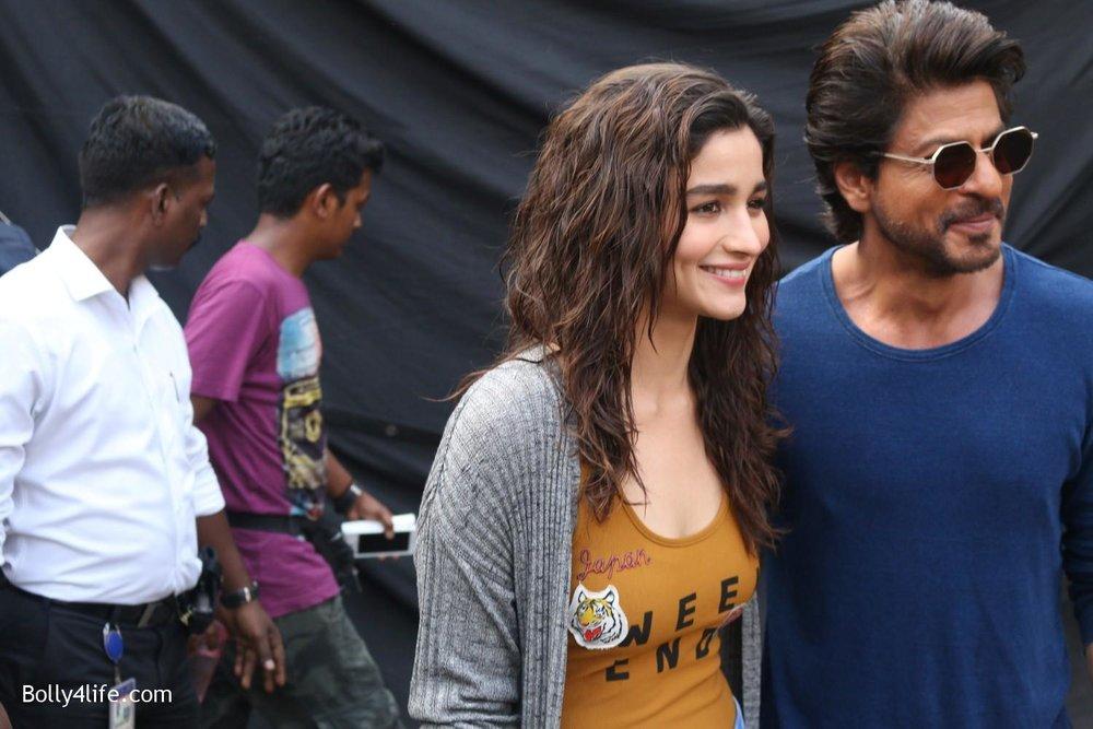 Shah-Rukh-Khan-and-Alia-Bhatt-spotted-at-Mehboob-Studio-in-Mumbai-3.jpg