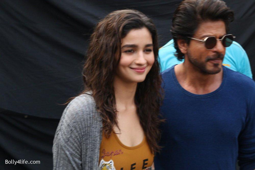 Shah-Rukh-Khan-and-Alia-Bhatt-spotted-at-Mehboob-Studio-in-Mumbai-5.jpg