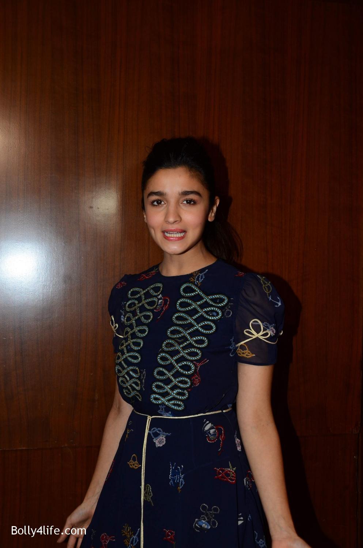 Alia-Bhatt-during-the-promotion-of-film-Dear-Zindagi-in-Mumbai-25.jpg