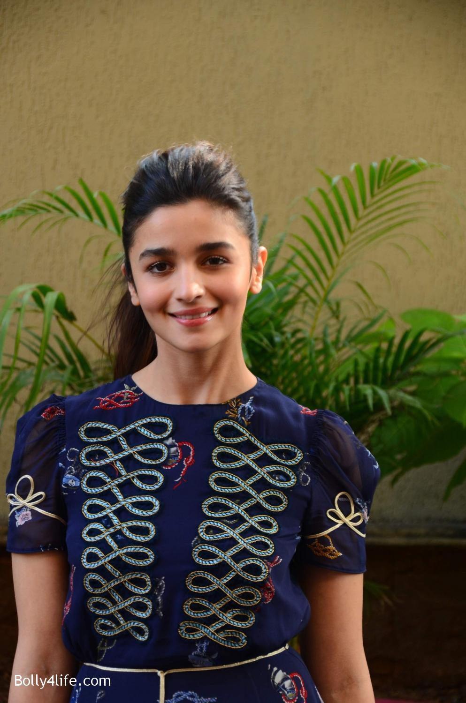 Alia-Bhatt-during-the-promotion-of-film-Dear-Zindagi-in-Mumbai-26.jpg