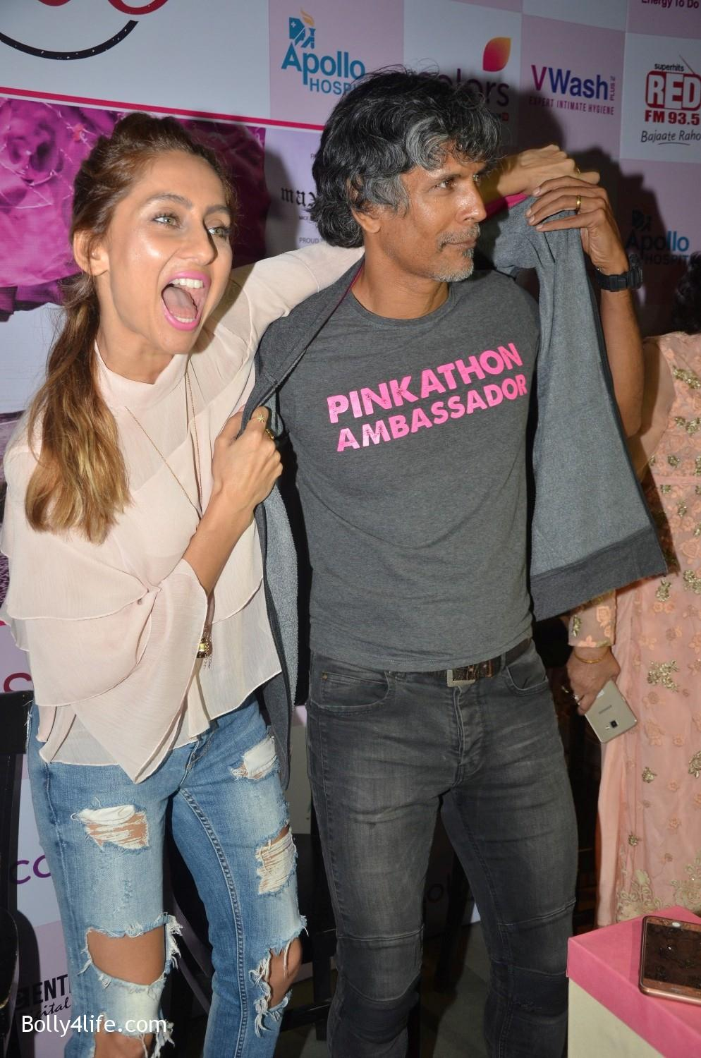 Raj-Nayak-CEO-Colors-RJ-Malishka-Bollywood-actor-Anusha-Dandekar-and-model-Milind-Soman-during-the-announcement-of-Fifth-Edition-of-Pinkathon-5.jpg