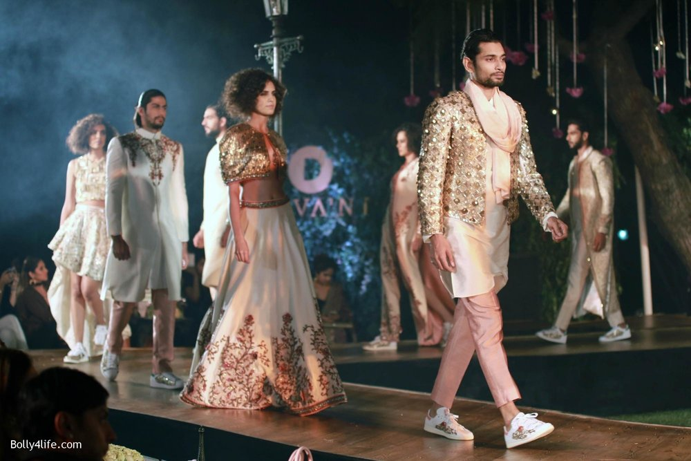 Divani-Fashion-Show-Ranveer-Singh-and-Vaani-Kapoor-20.jpg