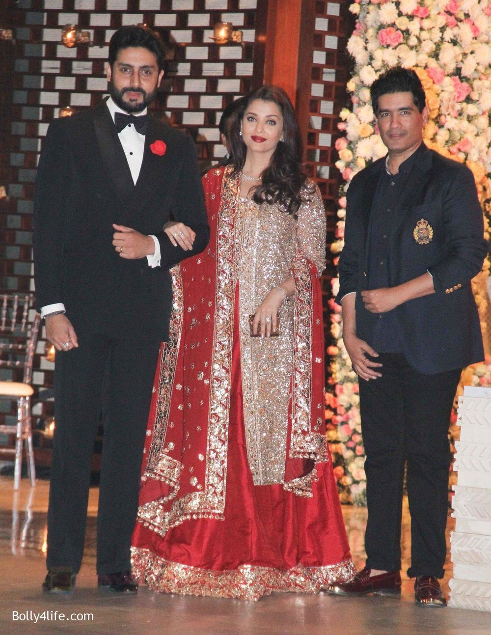 Aishwarya-Rai-Bachchan-Abhishek-Bachchan-at-the-Ambanis-wedding-party-of-their-niece-Isheta-Salgaoncar.jpg