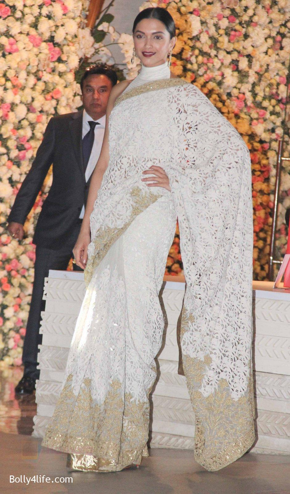 Deepika-Padukone-at-the-Ambanis-wedding-party-of-their-niece-Isheta-Salgaoncar-1.jpg