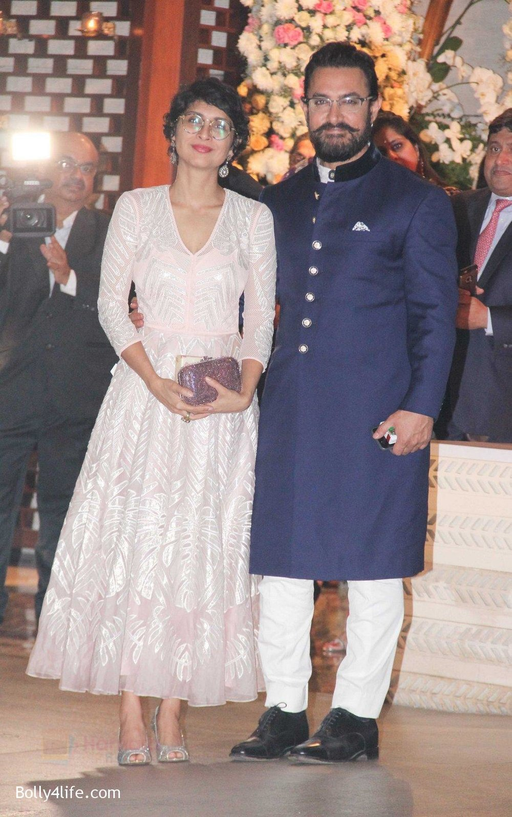 Kiran-Rao-Aamir-Khan-at-the-Ambani_s-wedding-party-of-their-niece-Isheta-Salgaoncar.jpg