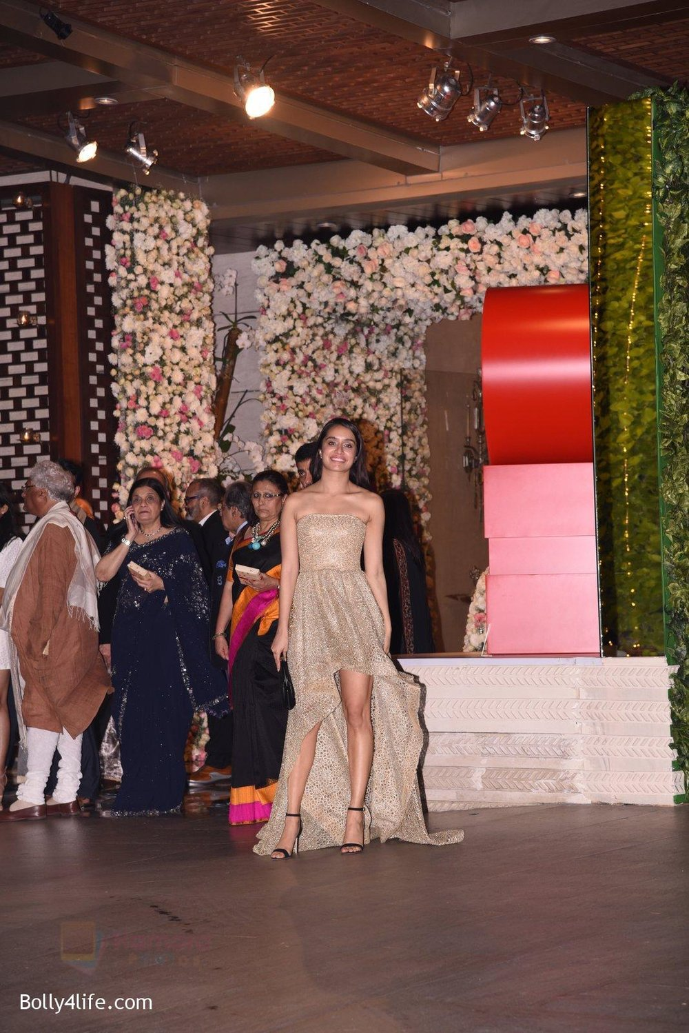 Shraddha-Kapoor-at-the-Ambanis-wedding-party-of-their-niece-Isheta-Salgaoncar-1.jpg