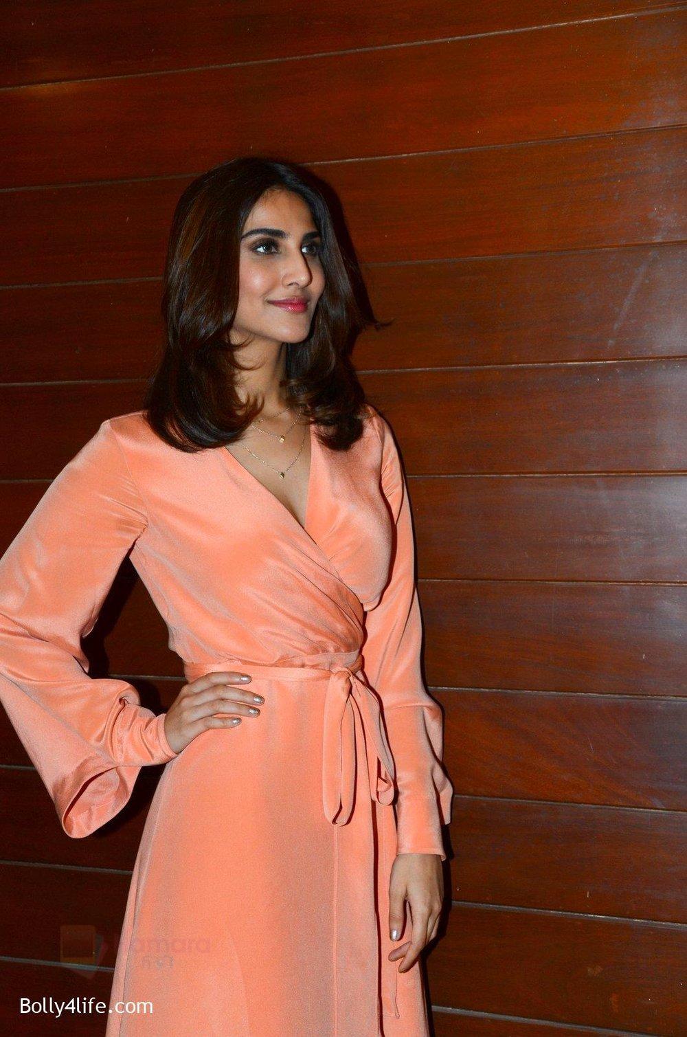 Vaani-Kapoor-Ranveer-Singh-at-Befikre-promotions-in-Mumbai-4.jpg