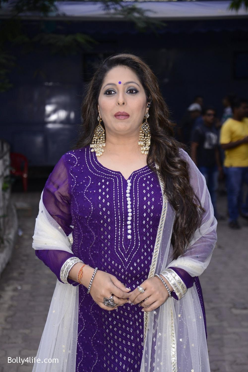 Choreographer-Geeta-Kapoor-during-on-the-sets-of-Sony-TV-reality-show-Super-Dancer-1.jpg