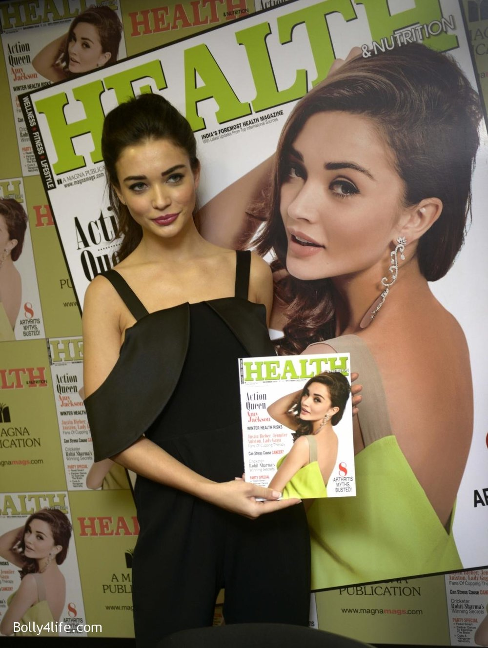 Amy-Jackson-during-the-Health-Nutrition-magazine-cover-unveiling-of-the-December-2016-issue-7.jpg