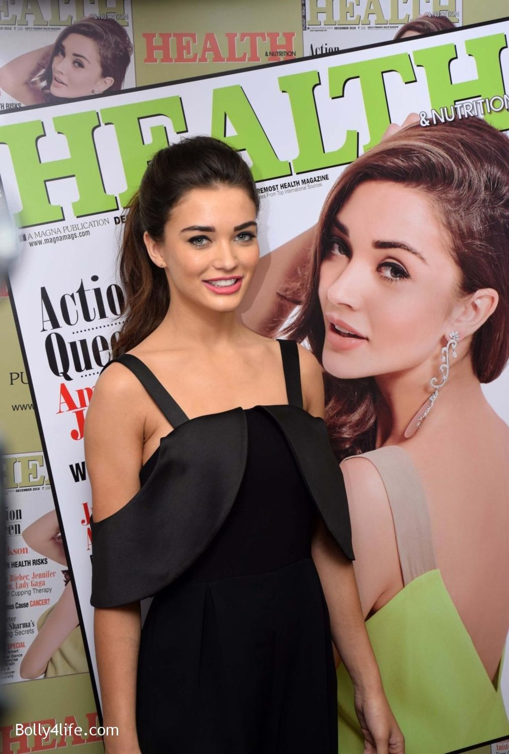 Amy-Jackson-during-the-Health-Nutrition-magazine-cover-unveiling-of-the-December-2016-issue-10.jpg