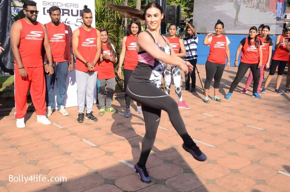 Lauren-Gottlieb-at-the-skechers-Go-Goa-dance-press-conference-4.jpg