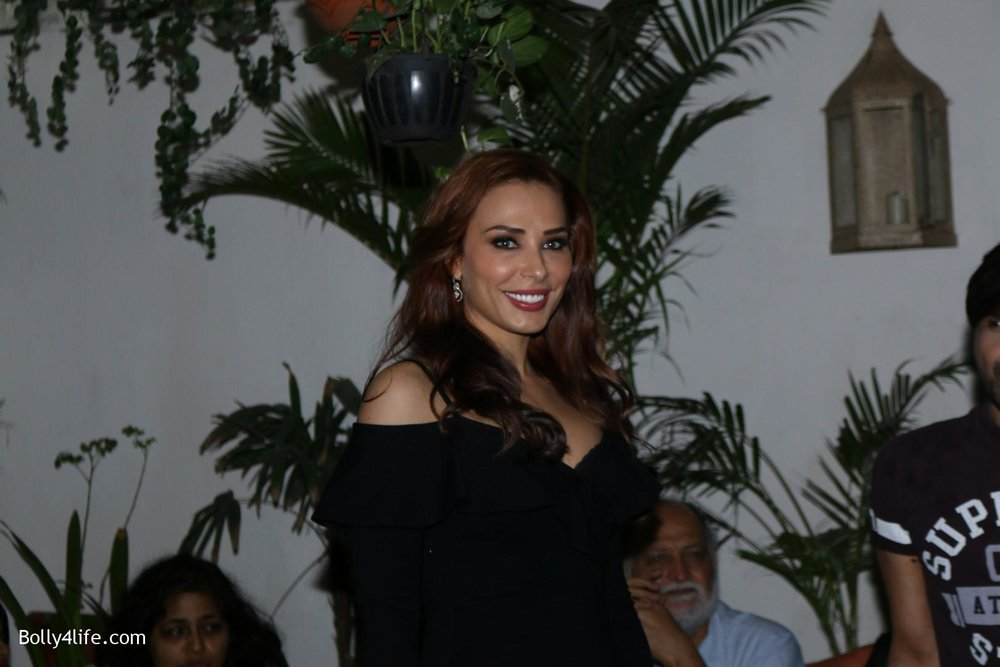 Salman-Khans-friend-Iulia-Vantur-during-teaser-launch-of-song-Every-Night-and-Day-4.jpg