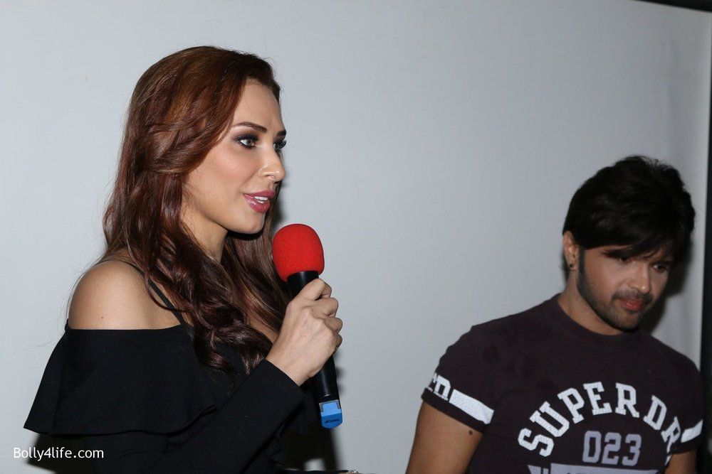 Salman-Khans-friend-Iulia-Vantur-during-teaser-launch-of-song-Every-Night-and-Day-6.jpg