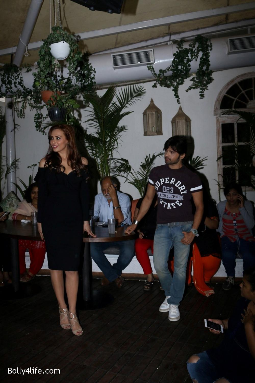 Salman-Khans-friend-Iulia-Vantur-during-teaser-launch-of-song-Every-Night-and-Day-9.jpg