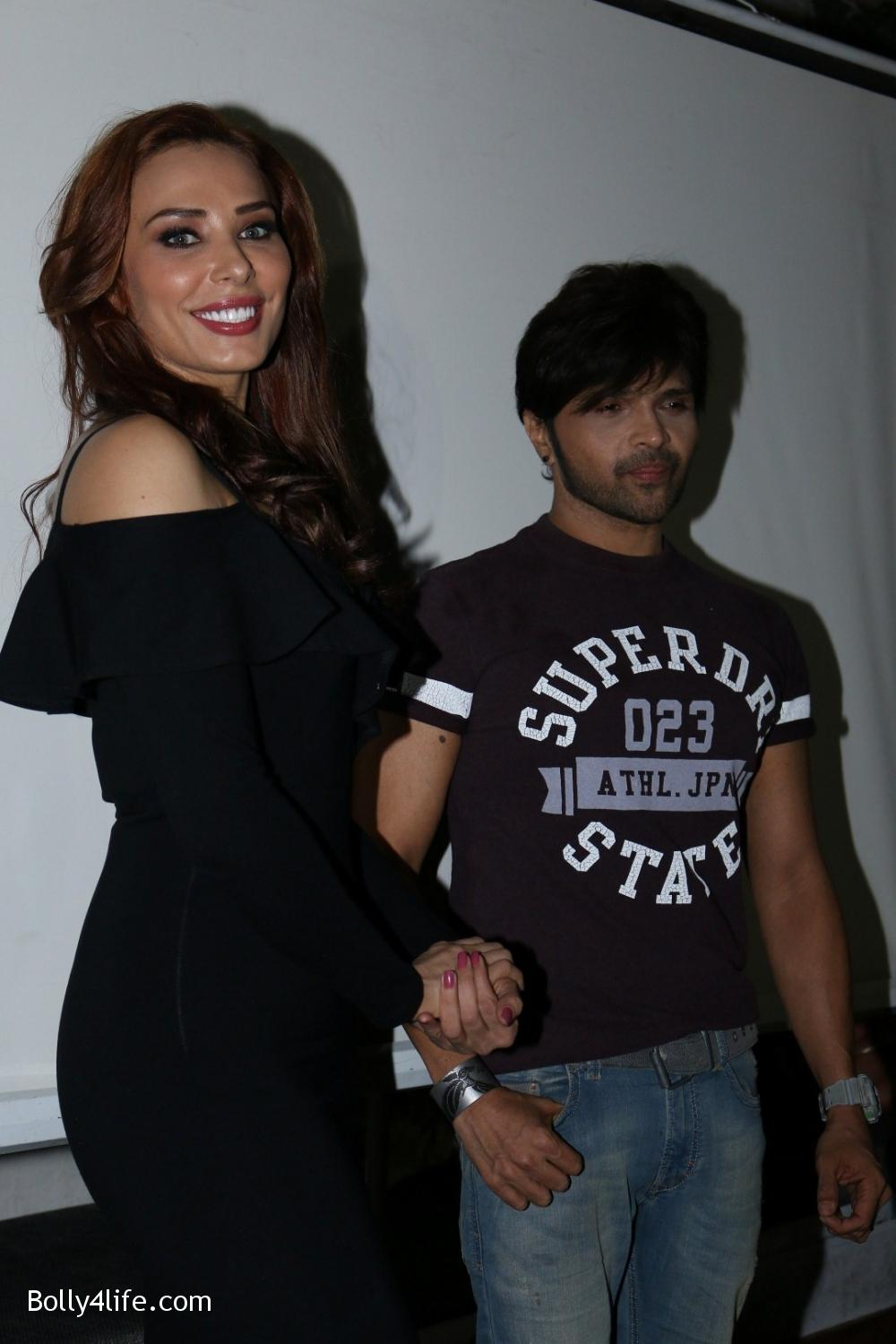 Salman-Khans-friend-Iulia-Vantur-during-teaser-launch-of-song-Every-Night-and-Day-19.jpg