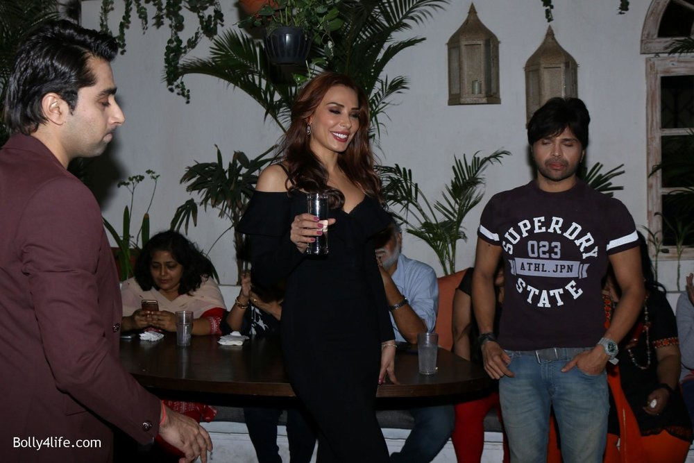 Salman-Khans-friend-Iulia-Vantur-during-teaser-launch-of-song-Every-Night-and-Day-20.jpg