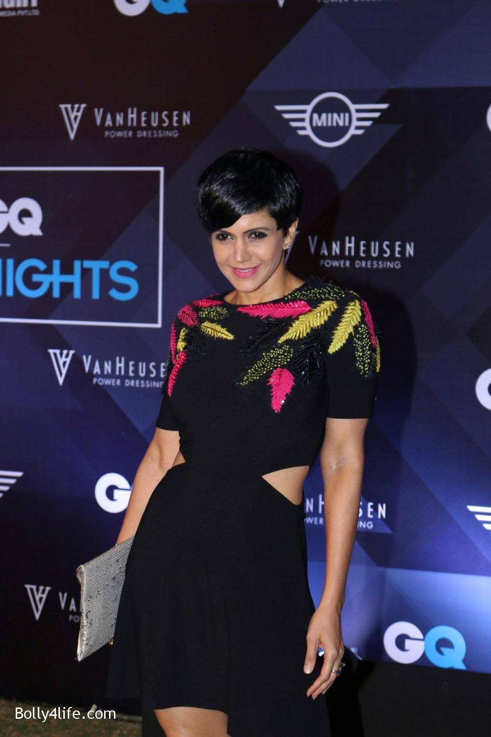 Mandira-Bedi-during-the-Van-Heusen-GQ-Fashion-Nights-in-Mumbai-1.jpg