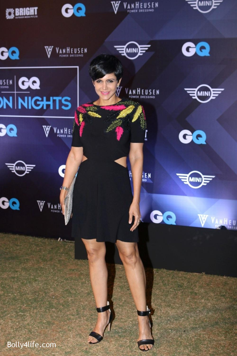 Mandira-Bedi-during-the-Van-Heusen-GQ-Fashion-Nights-in-Mumbai-2.jpg