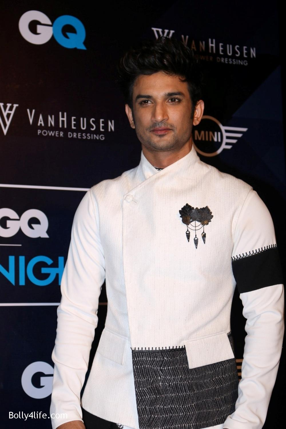 Sushant-Singh-Rajput-during-the-Van-Heusen-GQ-Fashion-Nights-in-Mumbai-4.jpg