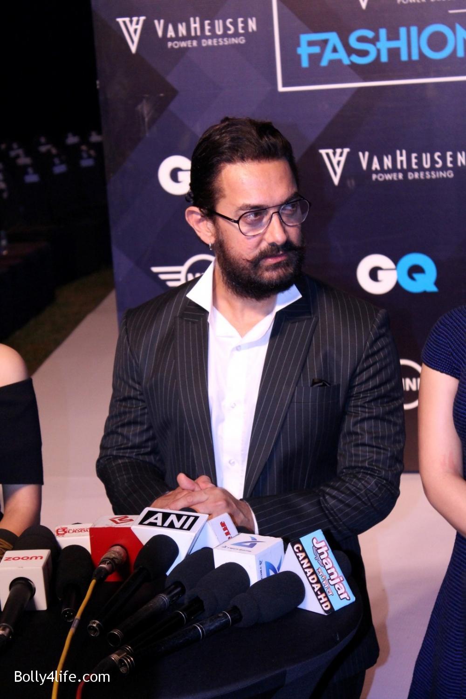 Fatima-Sana-Shaikh-Aamir-Khan-and-Sanya-Malhotra-during-the-2nd-edition-of-Van-Heusen-GQ-Fashion-Nights-2.jpg