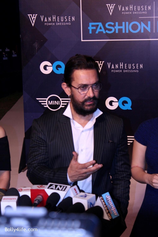 Fatima-Sana-Shaikh-Aamir-Khan-and-Sanya-Malhotra-during-the-2nd-edition-of-Van-Heusen-GQ-Fashion-Nights-3.jpg