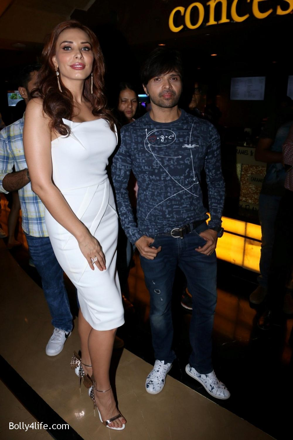 launch-of-Himesh-Reshammiyas-music-album-Aap-Se-Mausiiquii-8.jpg