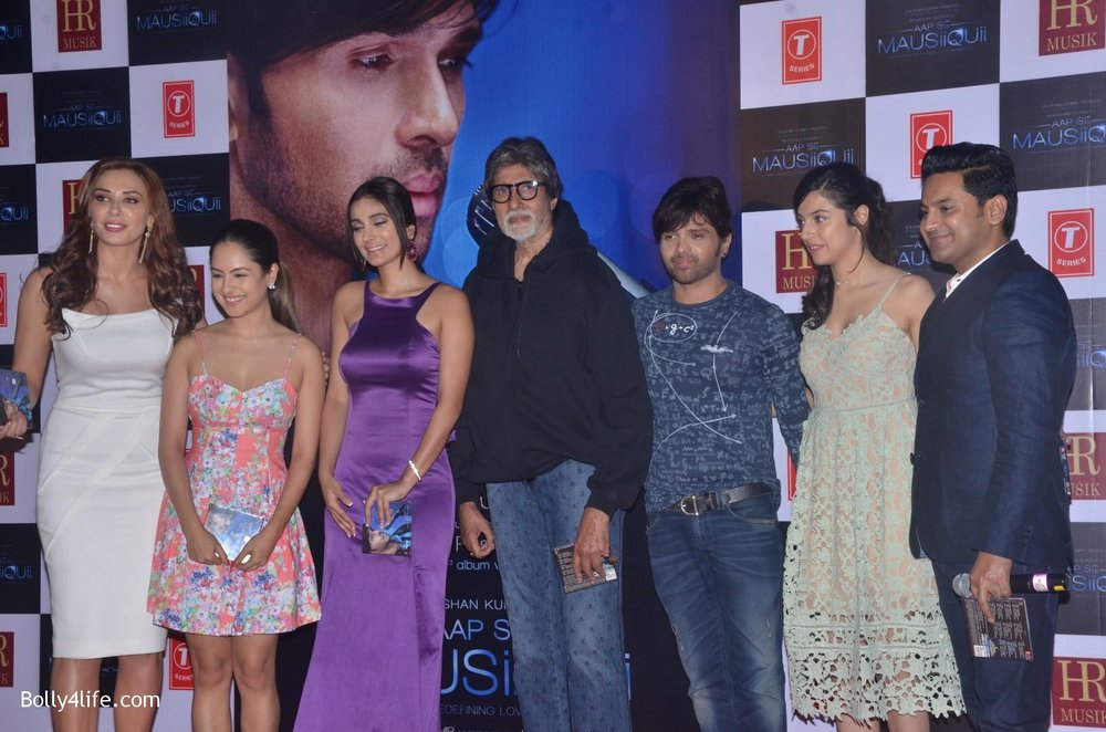 launch-of-Himesh-Reshammiyas-music-album-Aap-Se-Mausiiquii-11.jpg